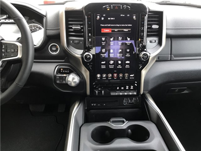 2019 Ram 1500 Crew Cab 4x4, Pickup #9T13 - photo 6