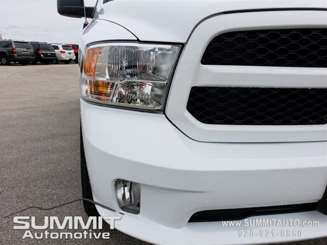 2019 Ram 1500 Crew Cab 4x4,  Pickup #9T88 - photo 16
