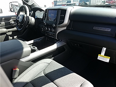 2019 Ram 1500 Crew Cab 4x4,  Pickup #R19006 - photo 9