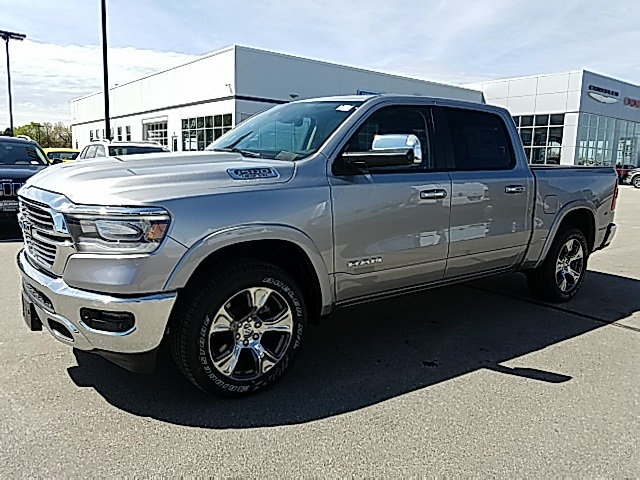 2019 Ram 1500 Crew Cab 4x4,  Pickup #R19012 - photo 4