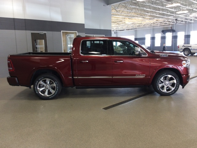 2019 Ram 1500 Crew Cab 4x4, Pickup #R19019 - photo 8