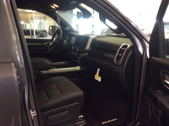 2019 Ram 1500 Crew Cab 4x4,  Pickup #R19033 - photo 10
