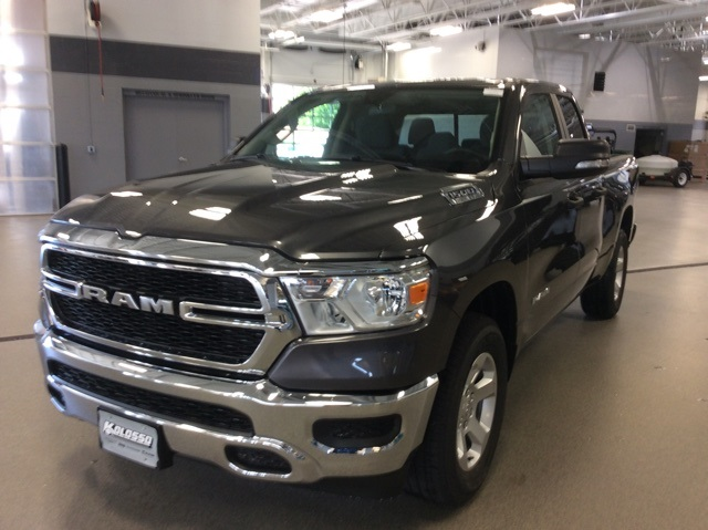2019 Ram 1500 Quad Cab 4x4,  Pickup #R19061 - photo 4