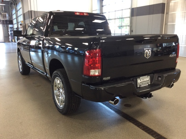 2019 Ram 1500 Crew Cab 4x4,  Pickup #R19085 - photo 6