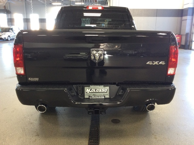 2019 Ram 1500 Crew Cab 4x4,  Pickup #R19085 - photo 7