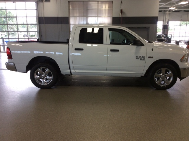 2019 Ram 1500 Crew Cab 4x4,  Pickup #R19100 - photo 8