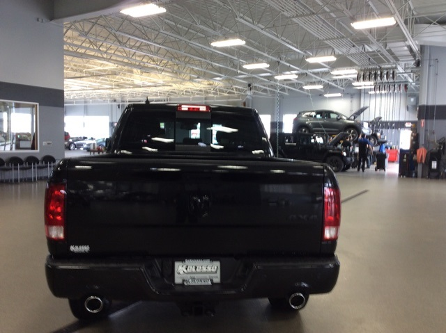 2019 Ram 1500 Crew Cab 4x4,  Pickup #R19113 - photo 7