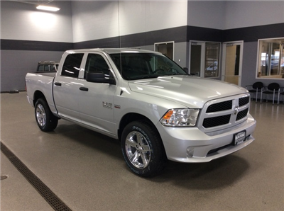 2017 Ram 1500 Crew Cab 4x4 Pickup #R6763 - photo 3