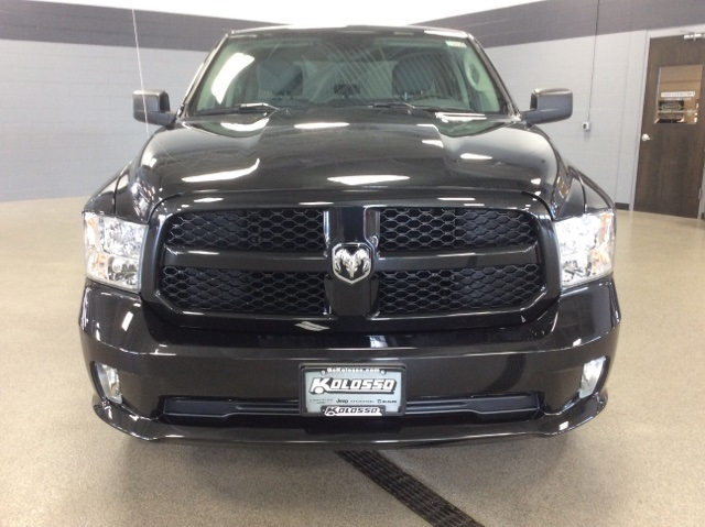 2017 Ram 1500 Quad Cab 4x4, Pickup #R6896 - photo 4