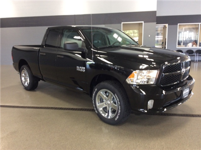 2017 Ram 1500 Quad Cab 4x4, Pickup #R6896 - photo 3