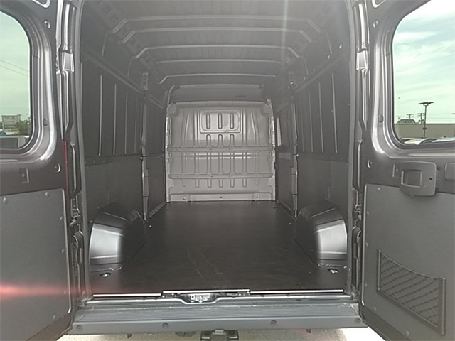 2018 ProMaster 2500 High Roof,  Empty Cargo Van #R8003 - photo 2