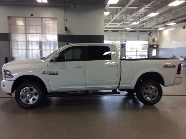 2018 Ram 2500 Crew Cab 4x4, Pickup #R8016 - photo 5