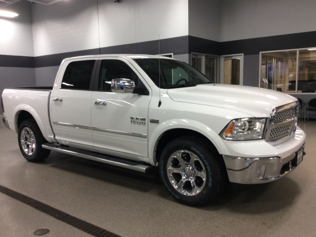 2018 Ram 1500 Crew Cab 4x4, Pickup #R8038 - photo 5