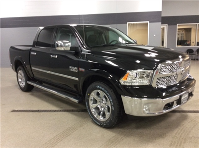 2018 Ram 1500 Crew Cab 4x4, Pickup #R8100 - photo 3