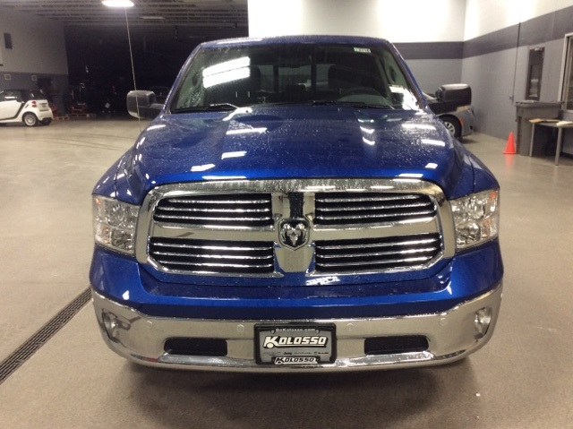 2018 Ram 1500 Crew Cab 4x4, Pickup #R8110 - photo 3