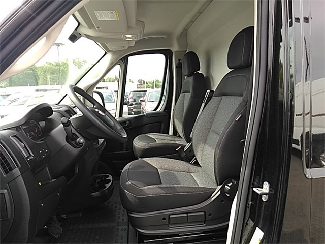 2018 ProMaster 2500 High Roof FWD,  Empty Cargo Van #R8120 - photo 10