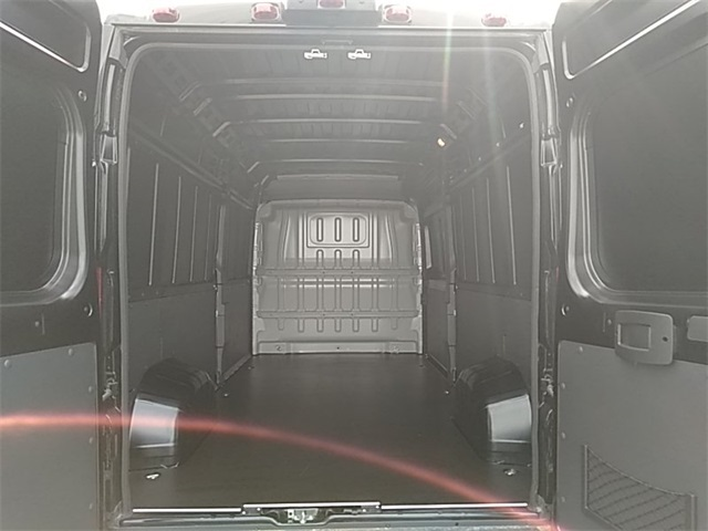 2018 ProMaster 2500 High Roof FWD,  Empty Cargo Van #R8120 - photo 2