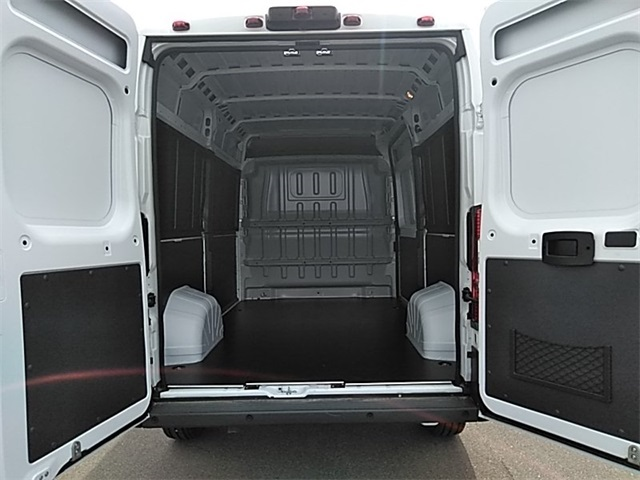 2018 ProMaster 2500 High Roof FWD,  Empty Cargo Van #R8121 - photo 2