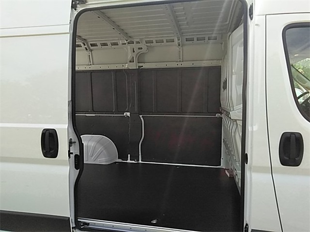 2018 ProMaster 2500 High Roof FWD,  Empty Cargo Van #R8134 - photo 12