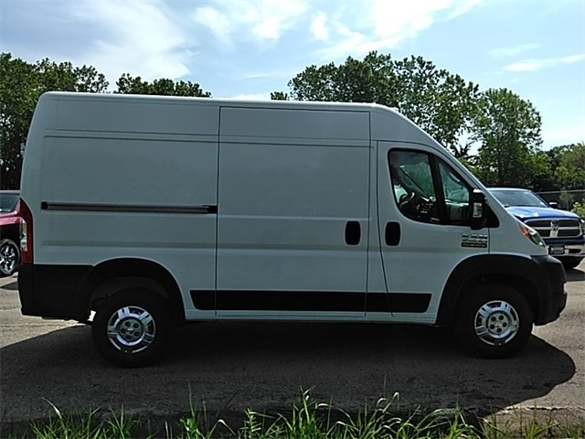 2018 ProMaster 2500 High Roof FWD,  Empty Cargo Van #R8134 - photo 9