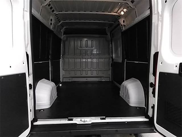 2018 ProMaster 2500 High Roof FWD,  Empty Cargo Van #R8140 - photo 2
