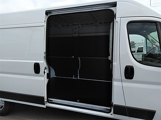 2018 ProMaster 2500 High Roof FWD,  Empty Cargo Van #R8151 - photo 12