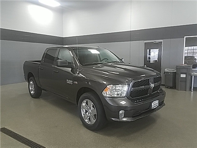 2018 Ram 1500 Crew Cab 4x4, Pickup #R8161 - photo 3