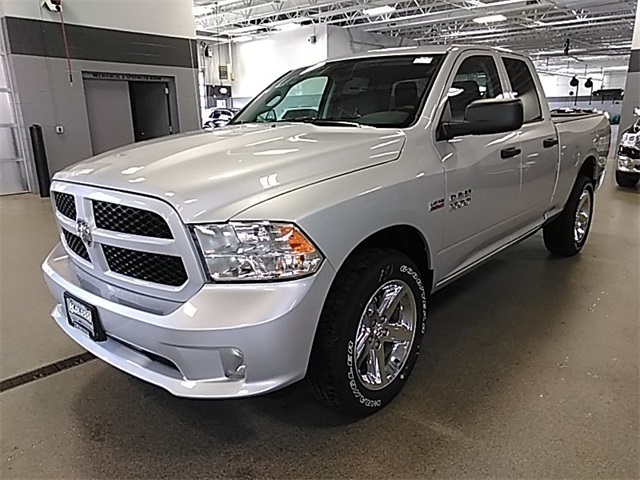 2018 Ram 1500 Quad Cab 4x4, Pickup #R8185 - photo 4