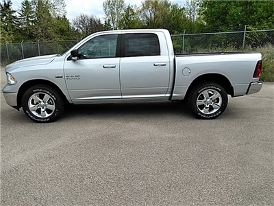 2018 Ram 1500 Crew Cab 4x4, Pickup #R8191 - photo 5