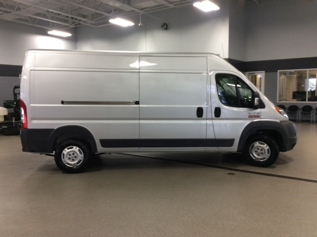 2018 ProMaster 2500 High Roof FWD,  Empty Cargo Van #R8259 - photo 9