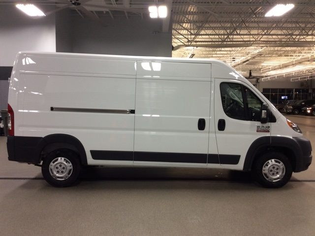2018 ProMaster 2500 High Roof FWD,  Empty Cargo Van #R8264 - photo 9