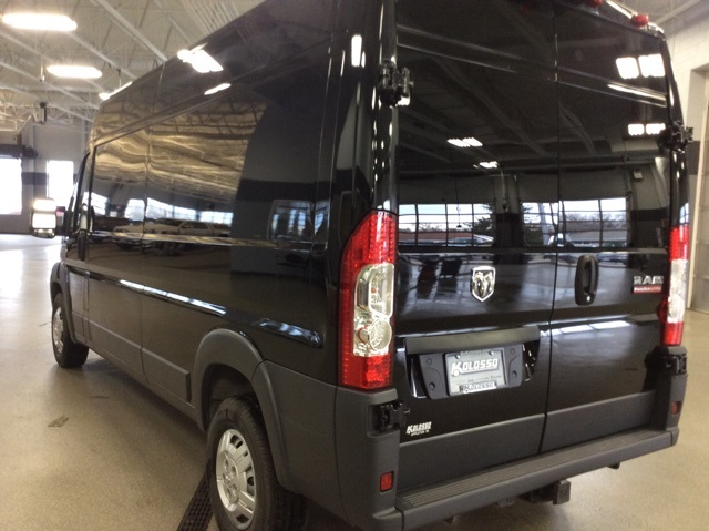 2018 ProMaster 2500 High Roof FWD,  Empty Cargo Van #R8282 - photo 5
