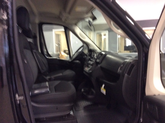 2018 ProMaster 2500 High Roof FWD,  Empty Cargo Van #R8282 - photo 9
