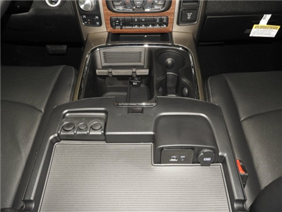 2017 Ram 1500 Crew Cab 4x4 Pickup #171083 - photo 10