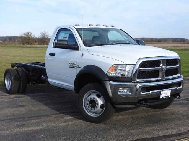 2017 Ram 5500 Regular Cab DRW 4x4, Cab Chassis #17199 - photo 14