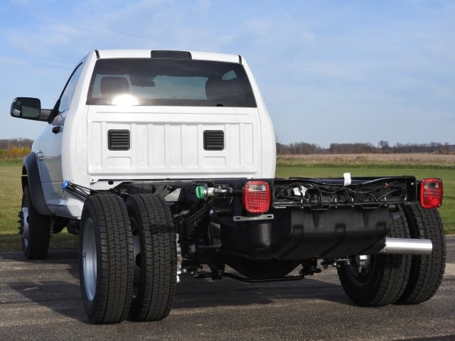 2017 Ram 5500 Regular Cab DRW 4x4, Cab Chassis #17199 - photo 2