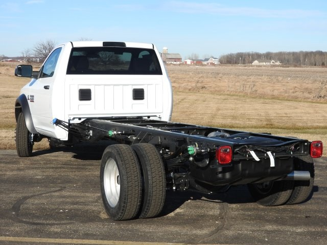 2017 Ram 4500 Regular Cab DRW 4x4, Cab Chassis #17463 - photo 18