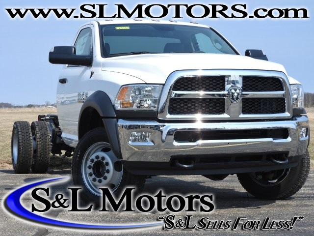 2017 Ram 5500 Regular Cab DRW 4x4, Cab Chassis #17570 - photo 1