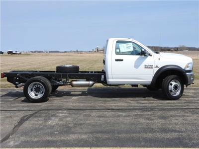 2017 Ram 5500 Regular Cab DRW 4x4, Cab Chassis #17570 - photo 14