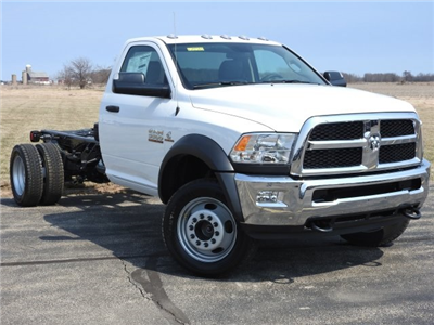 2017 Ram 5500 Regular Cab DRW 4x4, Cab Chassis #17570 - photo 15