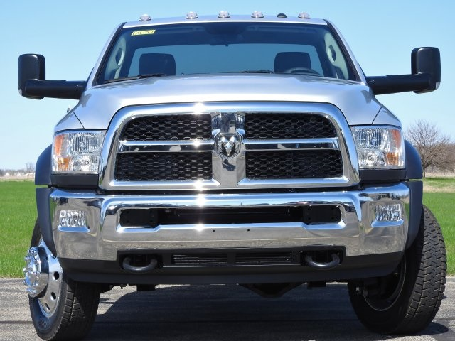 2017 Ram 5500 Regular Cab DRW 4x4 Cab Chassis #17632 - photo 13