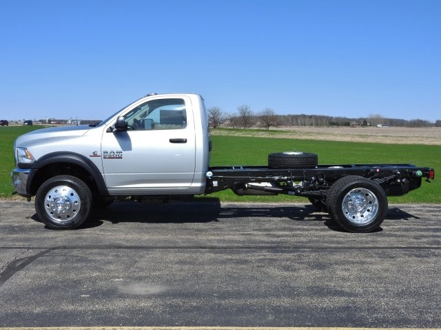 2017 Ram 5500 Regular Cab DRW 4x4 Cab Chassis #17632 - photo 14