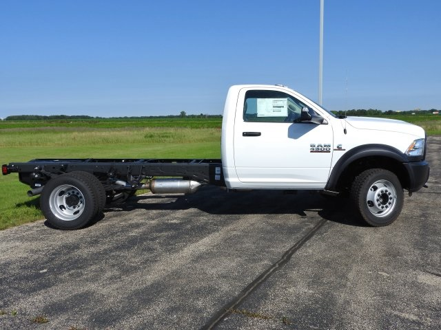 2017 Ram 4500 Regular Cab DRW 4x4, Cab Chassis #17840 - photo 14
