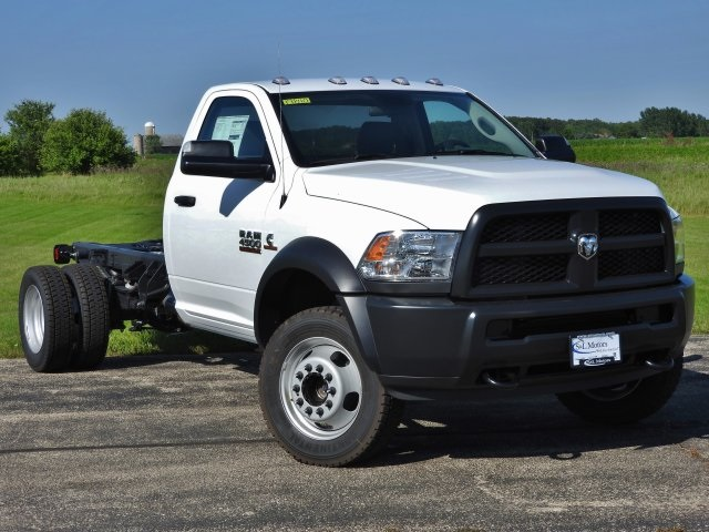 2017 Ram 4500 Regular Cab DRW 4x4, Cab Chassis #17840 - photo 15