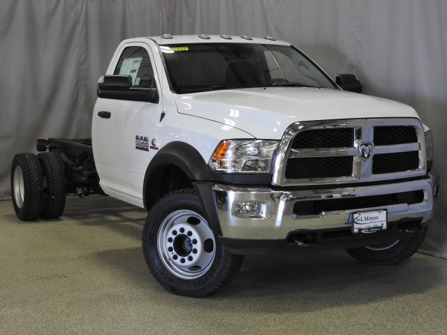 2017 Ram 5500 Regular Cab DRW 4x4 Cab Chassis #17941 - photo 15