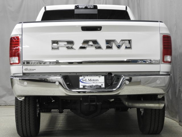 2018 Ram 3500 Crew Cab 4x4, Pickup #18027 - photo 26