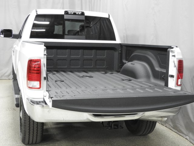 2018 Ram 3500 Crew Cab 4x4, Pickup #18027 - photo 28
