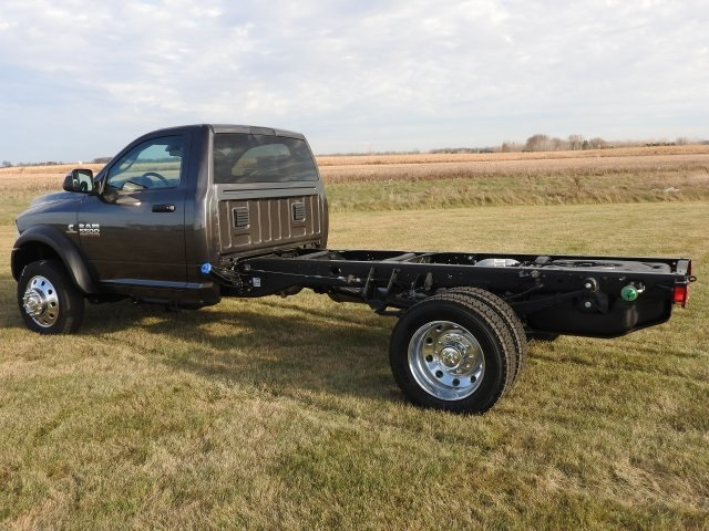 2018 Ram 5500 Regular Cab DRW 4x4, Cab Chassis #18068 - photo 13