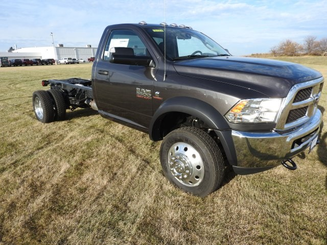 2018 Ram 5500 Regular Cab DRW 4x4, Cab Chassis #18068 - photo 16