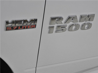 2018 Ram 1500 Crew Cab 4x4 Pickup #18072 - photo 17